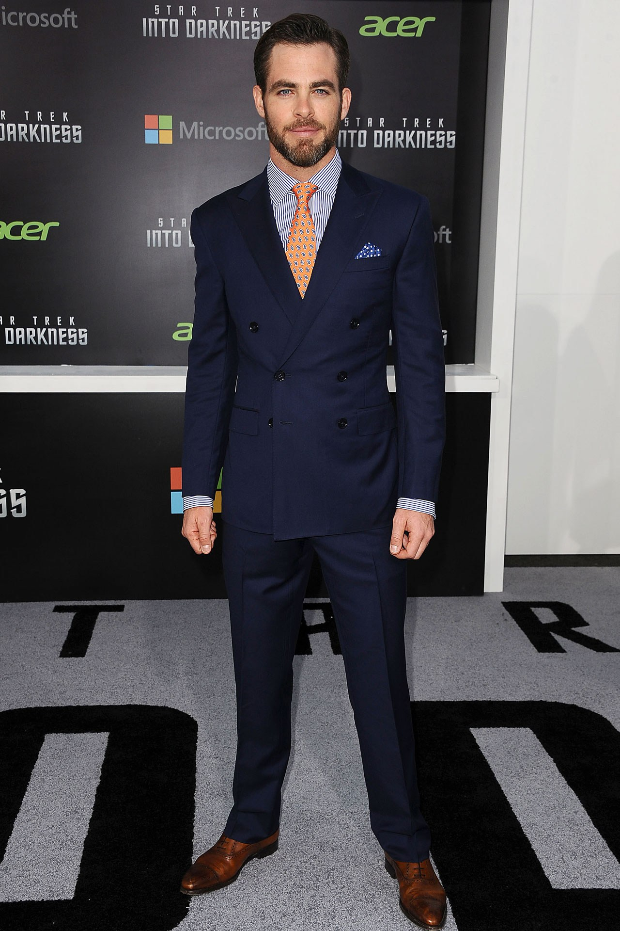 chris-pine-gq-17may13-getty_x_1.jpg